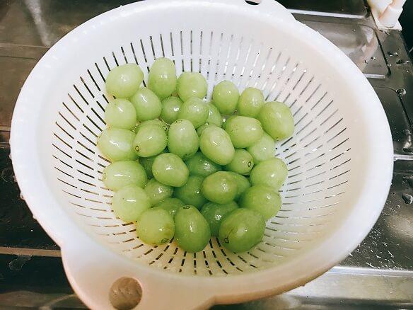 緑グレープ(洗う)