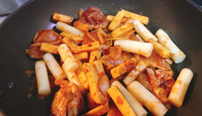 チーズダッカルビ(料理1)